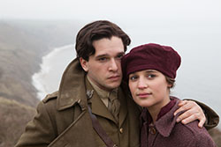 Kit Harington and Alicia Vikander in Testament of Youth
